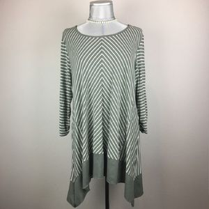 CHICOS green striped asymmetrical w/ 3/4 sleeves